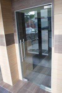Офисные двери в Питер-Авто
