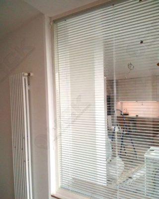 Окно-перегородка между кухней и детской