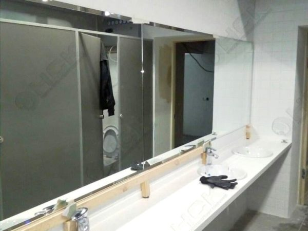 Зеркала в санузле